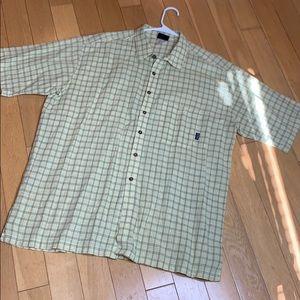 Patagonia XXL NWOT button down shirt sleeve shirt
